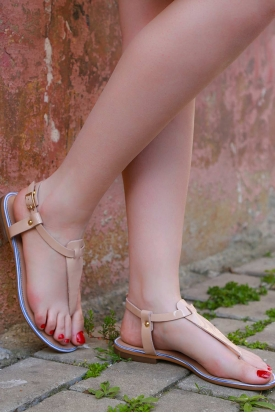 Hakiki Deri Açık Vizon Rugan Kadın Düz Sandalet 201110606