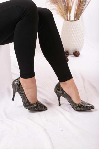 Hakiki Deri Yeşil Piton Kadın Stiletto Ayakkabı 202110101