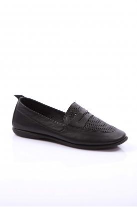 Hakiki Deri Siyah Kadın Loafer Ayakkabı 126-17