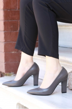 Gri Kadın Stiletto Ayakkabı 202127102