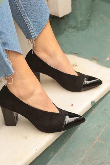 Siyah Süet-Siyah Rugan Kadın Stiletto Ayakkabı 202127104