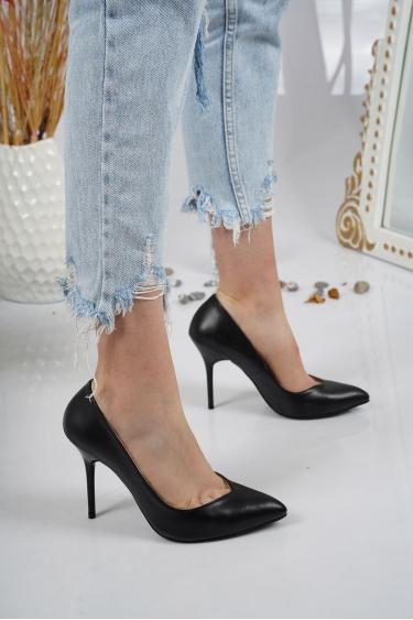 Siyah Kadın Stiletto Ayakkabı 202127105