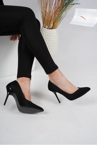 Siyah Süet Kadın Stiletto Ayakkabı 202127105