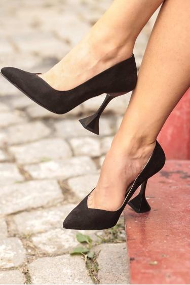 Siyah Süet Kadın Stiletto Ayakkabı 202127106
