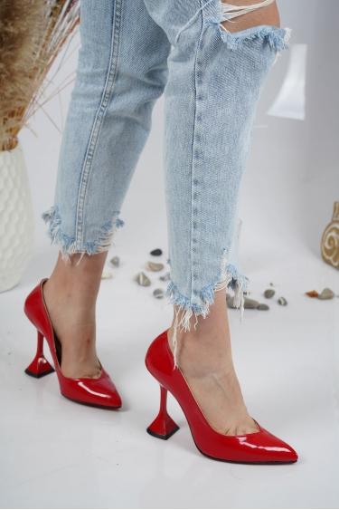 Kırmızı Rugan Kadın Stiletto Ayakkabı 202127106