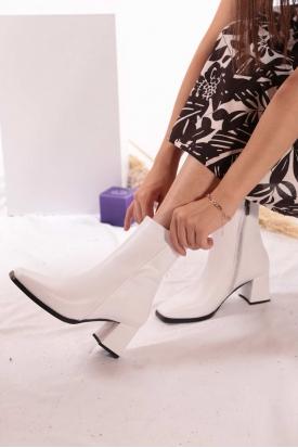 Beyaz Kadın Topuklu Bot 202127206