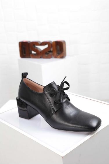 Hakiki Deri Siyah Kadın Topuklu Ayakkabı 212127103