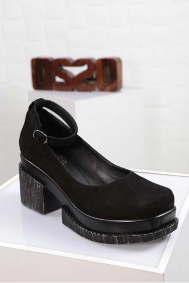 Hakiki Deri Siyah Süet Kadın Topuklu Ayakkabı 212133101