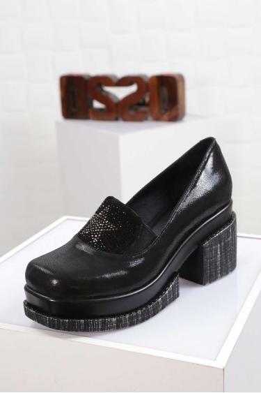 Hakiki Deri Siyah Simli Kadın Topuklu Ayakkabı 212133103