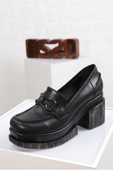 Hakiki Deri Siyah Kadın Topuklu Ayakkabı 212133105