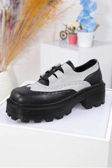 Hakiki Deri Siyah-Buz Mavi Kadın Topuklu Ayakkabı 212136102