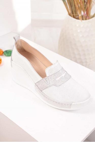 Hakiki Deri Beyaz Garni Kadın Platform Ayakkabı 211161112