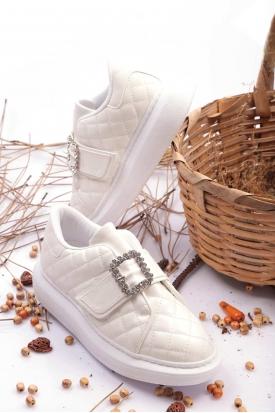 Beyaz Kadın Sneaker Ayakkabı 202201105