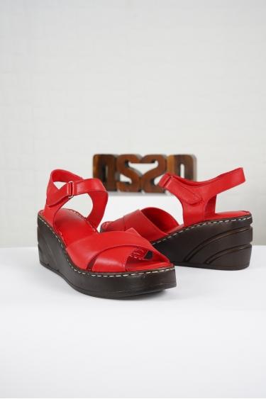 Hakiki Deri Kırmızı Kadın Komfort Sandalet 221232510