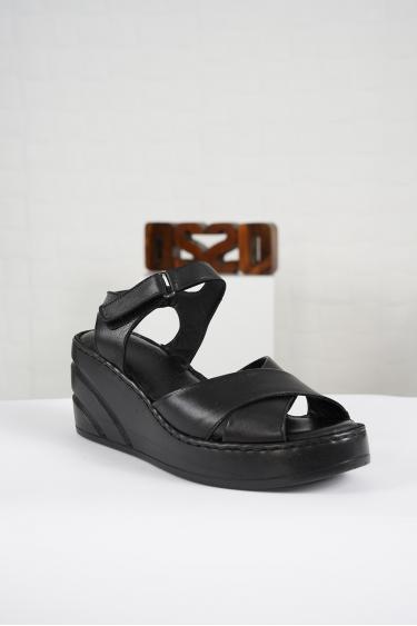 Hakiki Deri Siyah Kadın Komfort Sandalet 221232510