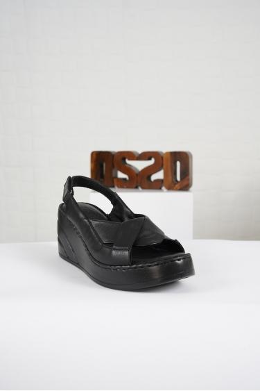Hakiki Deri Siyah Kadın Komfort Sandalet 221232516